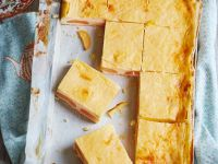 Aprikosenkuchen mit Sauerrahmcreme Rezept