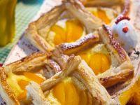 Aprikosenschnitten mit Vanillecreme Rezept