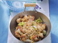 Asia-Nudeln mit Garnelen Rezept
