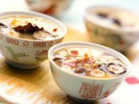 Asiatische Hühnersuppe nach Peking-Art Rezept