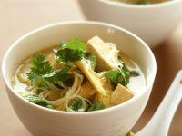 Asiatische Nudel-Gemüsesuppe mit Tofu Rezept