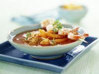 Asiatische Tomatensuppe mit Garnelen-Saté