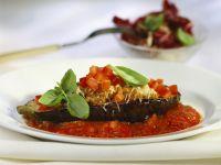 Aubergine mit Hack-Tomaten-Füllung Rezept