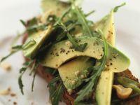 Avocado auf Vollkornbrot Rezept
