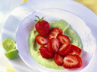Avocadopüree mit Erdbeeren Rezept