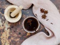 Ayurvedischer Tee mit Gewürzen Rezept