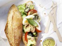 Baguettebrötchen mit Salat Rezept