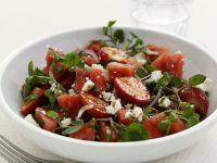 Balsamico-Erdbeeren mit Brunnenkresse und Feta Rezept