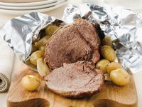 Balsamico-Rinderbraten mit Kartoffeln und Zwiebeln Rezept