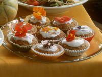 Bananenmuffins mit Blüten Rezept