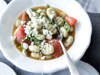 Basilikum-Gnocchi mit Tomaten Rezept