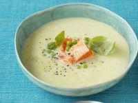 Basilikum-Spargel-Suppe mit Wildlachs Rezept
