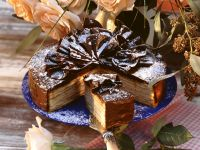 Baumkuchen mit Schokoladenverzierung Rezept