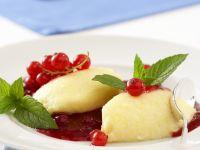 Bayerische Creme mit Beeren Rezept