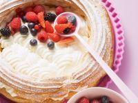 Beerenkuchen mit Kokos-Joghurt-Creme Rezept