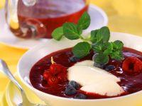 Beerenpüree mit Joghurt Rezept