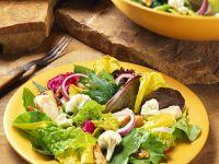 Blattsalat mit Blumenkohl und Hähnchen Rezept
