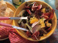 Blattsalat mit Fenchel und Orangendressing Rezept