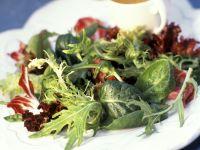 Blattsalat mit Vinaigrette Rezept