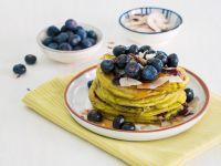 Blaubeer-Avocado-Pancakes