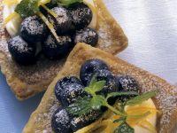 Blaubeer-Blätterteig-Törtchen Rezept