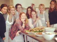 Auch Stars finden Backen und Kochen cool