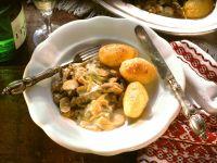 Boeuf Stroganoff mit gebratenen Kartoffeln Rezept