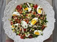 Bohnen-Gemüse-Salat mit Ei Rezept