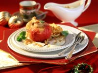 Bratapfel mit Marzipanfüllung in Crêpehülle Rezept
