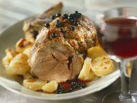 Braten vom Kalb mit Kartoffeln und Johannisbeersoße Rezept