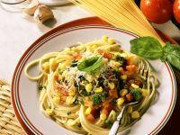 Brokkoli-Tomaten-Gemüse mit Nudeln Rezept