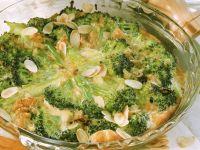 Brokkolikuchen mit Mandelblättchen Rezept