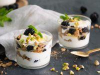 Brombeer-Pistazien-Joghurt