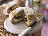 Brot mit Antipasti-Füllung Rezept
