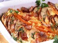 Brotgratin mit Karotten und Speck Rezept