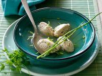 Brühe mit Hühnchennocken Rezept