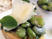 Bruschetta mit Saubohnen Rezept