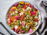 Bunte-Bete-Salat mit Zitrusfrüchten und Ziegenkäse Rezept