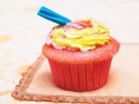 Bunte Cupcakes mit Frosting Rezept