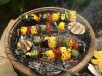Bunte Gemüsespieße vom Grill Rezept