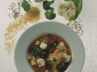Bunte Gemüsesuppe mit Hirse Rezept