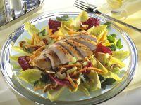 Bunter Blattsalat mit Hähnchenbrust Rezept