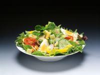 Bunter Salat mit Ei Rezept