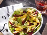 Bunter Salat mit gebratener Hähnchenbrust Rezept