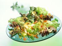 Bunter Salat mit Pilzen Rezept