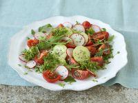 Bunter Salat mit Radieschen und Tomaten Rezept