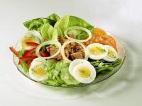 Bunter Salat mit Thunfisch Rezept