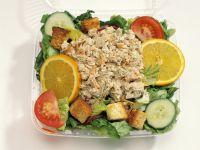 Bunter Thunfischsalat mit Croutons Rezept