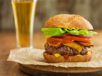 Burger mit Ciabattabrötchen