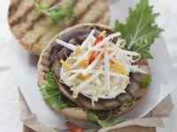 Burger mit Riesen-Champignon und Mangosalsa Rezept